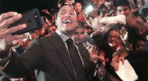 Dwayne Johnson selfie record