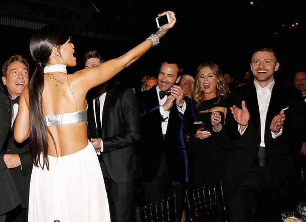 Rianna selfie