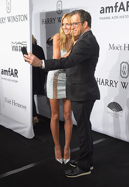 Heidi Klum and Kenneth Cole selfie