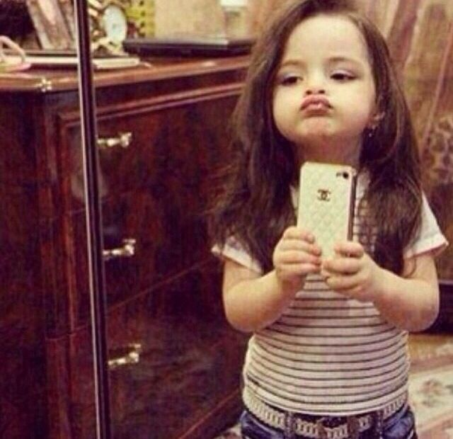 little duckface selfie