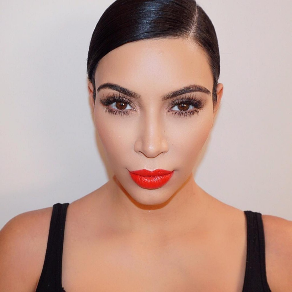 red lips style