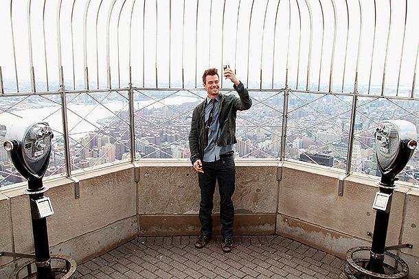 Josh Duhamel selfie on Empire State Building