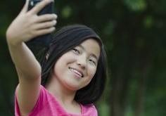 kids selfie main