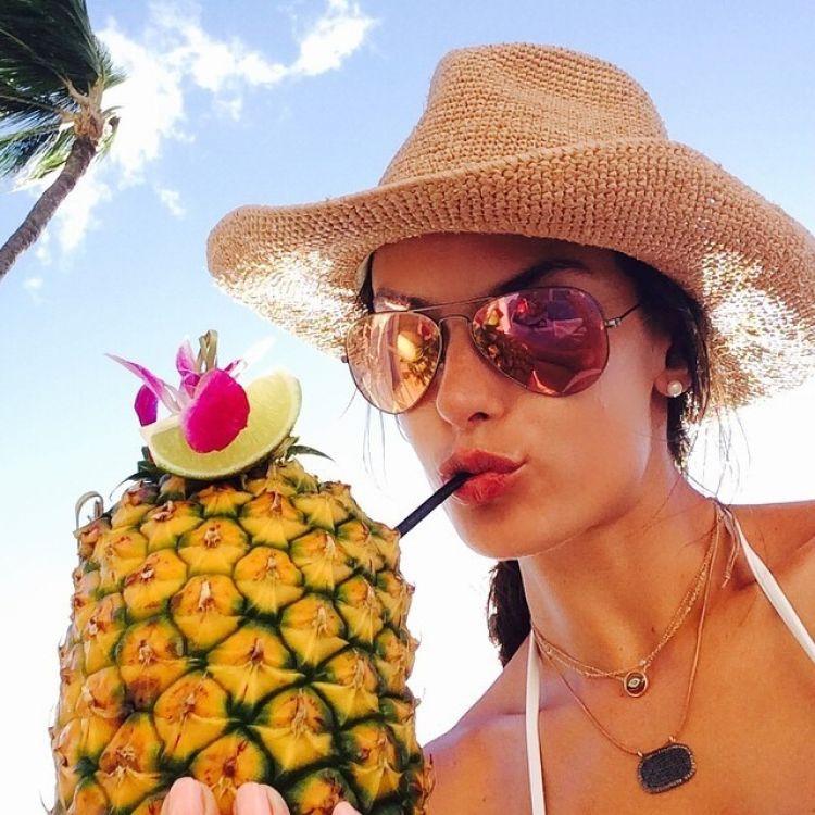 hottest summer selfie