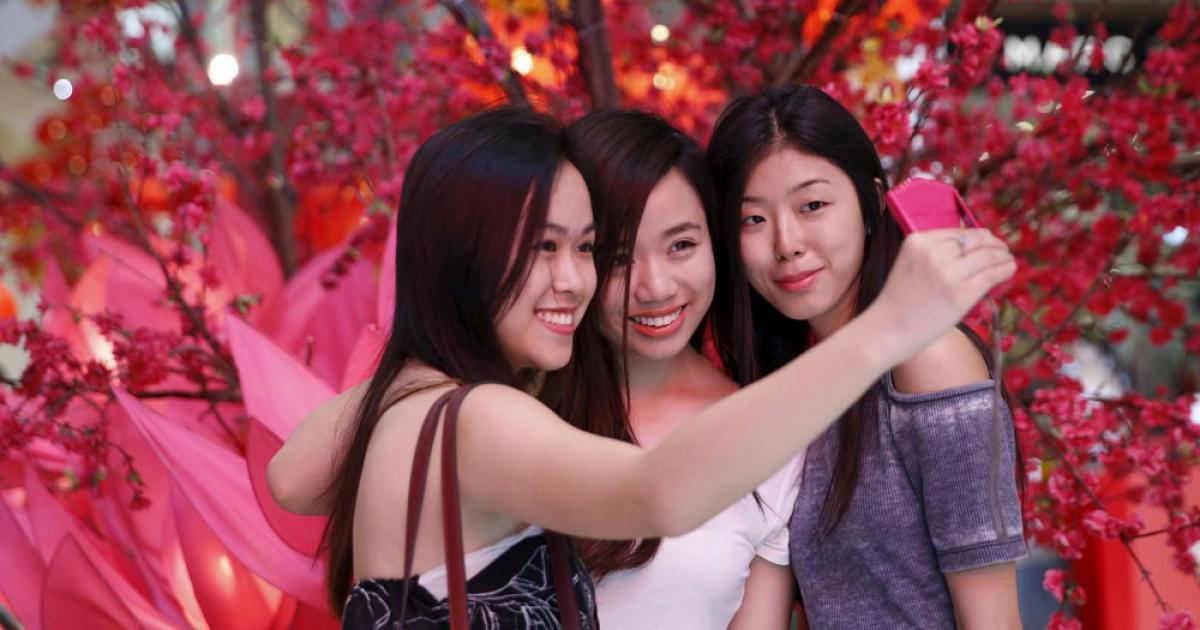 chinese-new-year-selfie