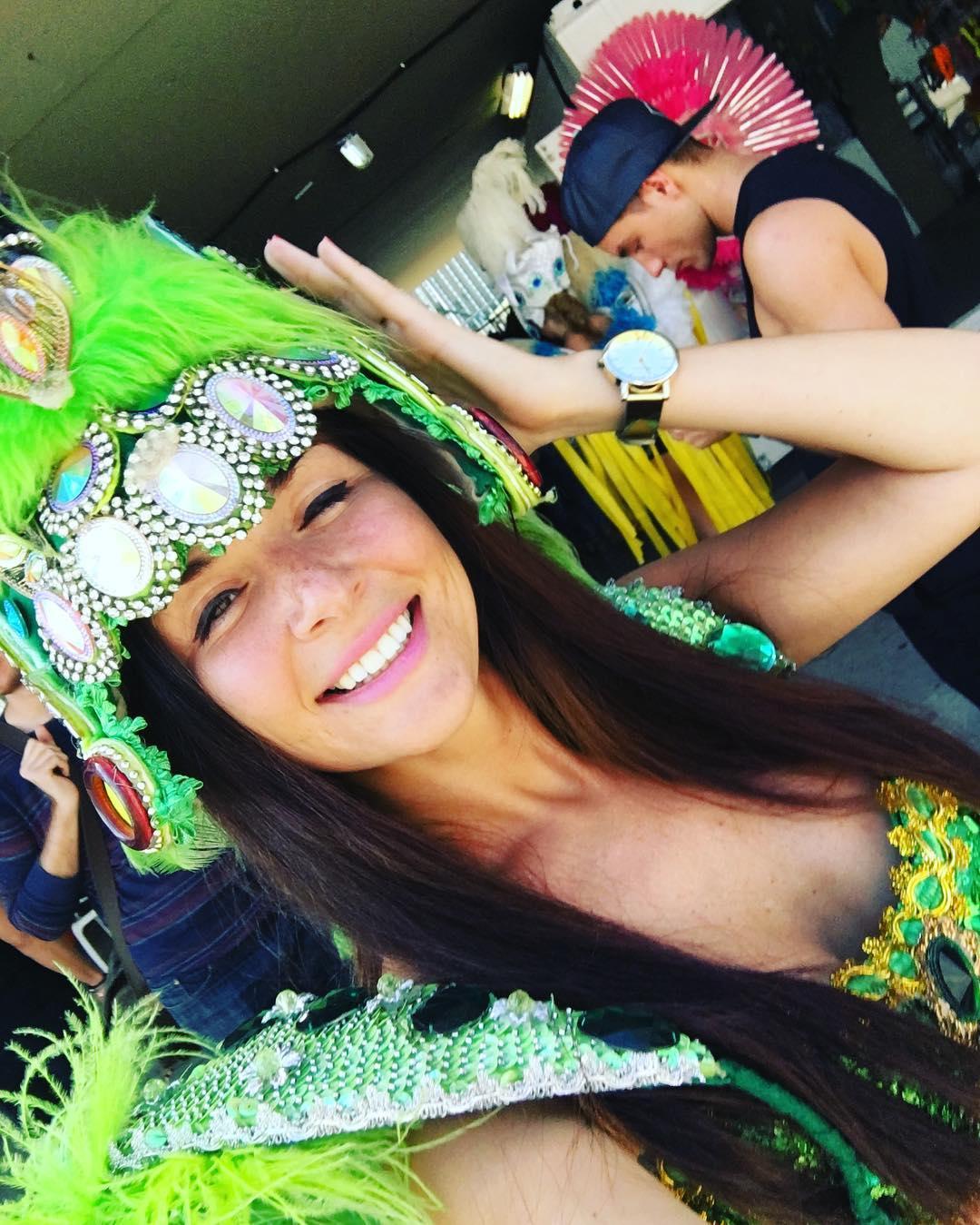 rio-de-janeiro-carnival-selfie