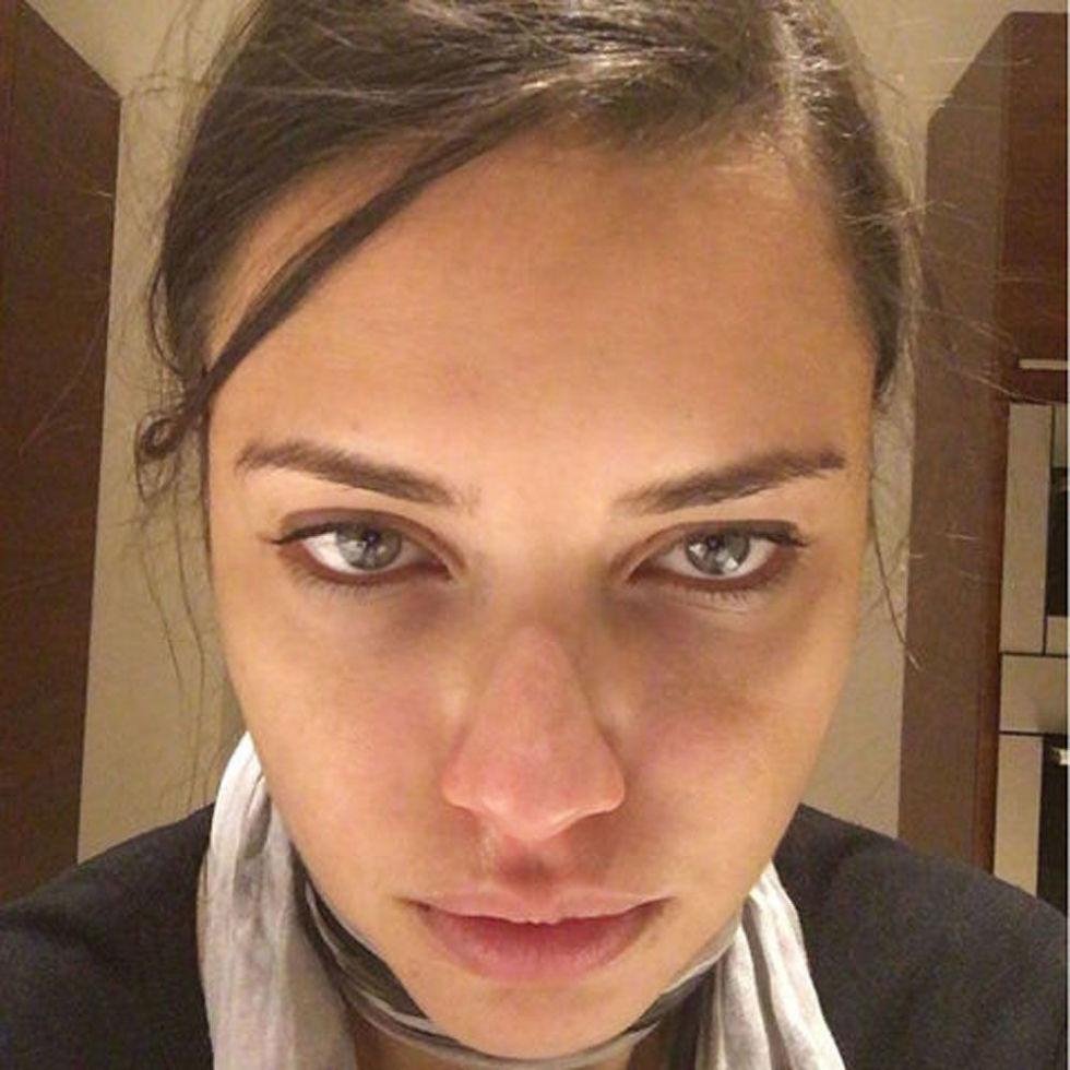 ADRIAMA LIMA no makeup