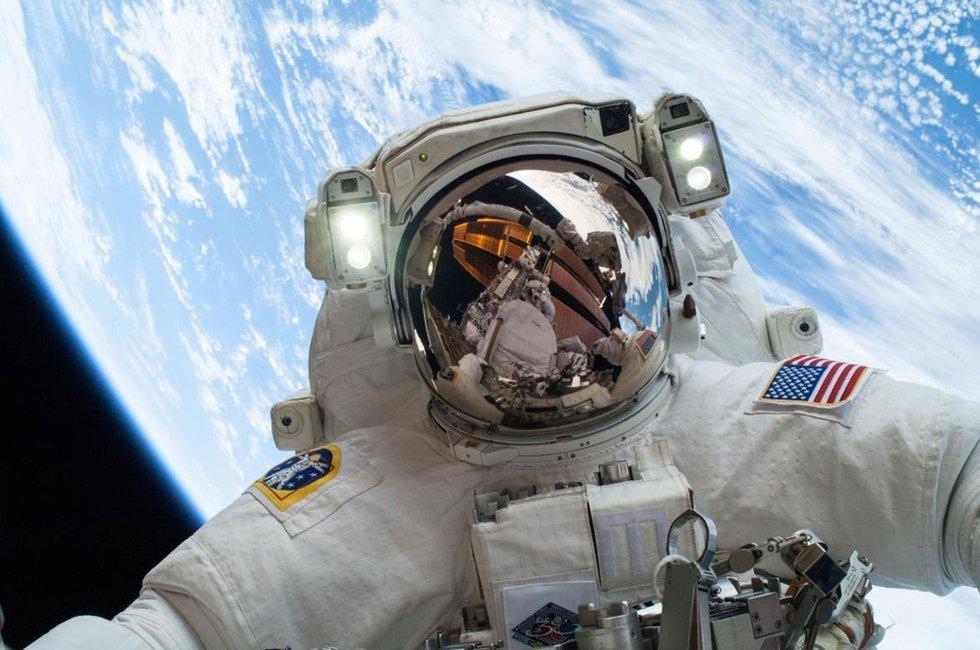 astronaut Tim Peake space selfie