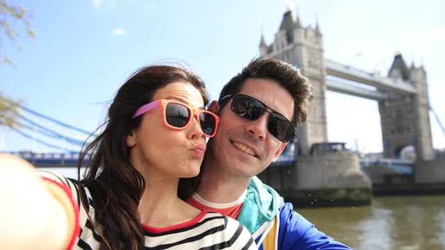 popular places for selfies london uk